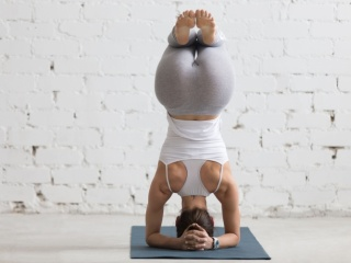 Човек и добре да живее, тръгва на йога