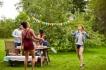 13 жестоки идеи за лятно парти!